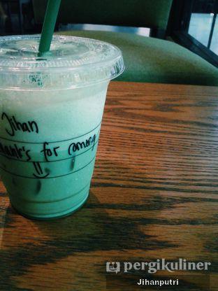 Foto review Starbucks Coffee oleh Jihan Rahayu Putri 1