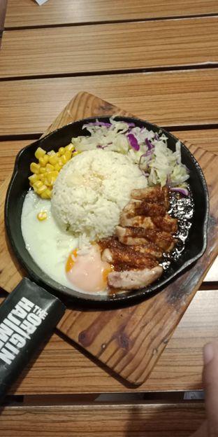 Foto 2 - Makanan di Hajime Ramen oleh Julia Intan Putri