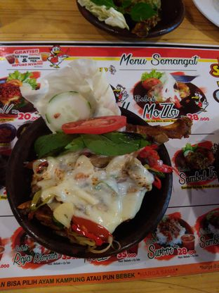 Foto 1 - Makanan di Bebek Semangat oleh syafah ufah