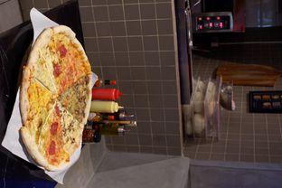 Foto 5 - Makanan di Sliced Pizzeria oleh yudistira ishak abrar