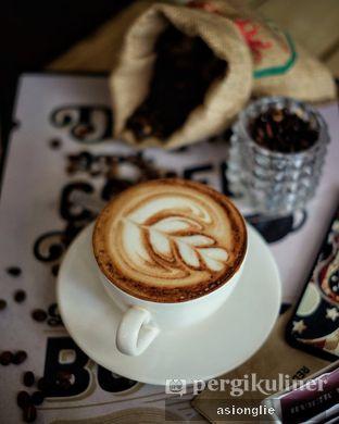 Foto 4 - Makanan di Red Blanc Coffee & Bakery oleh Asiong Lie @makanajadah