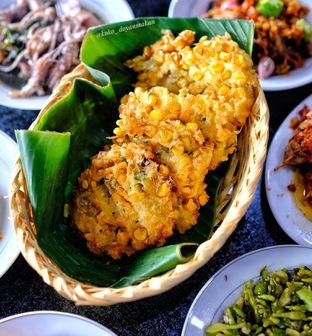 Foto 4 - Makanan di Waroeng Manado & Bir oleh om doyanjajan