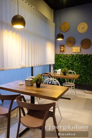 Foto 10 - Interior di Indigo Urban Cafe oleh Darsehsri Handayani