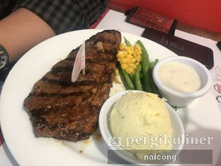 Foto 2 - Makanan di Holycow! STEAKHOUSE by Chef Afit oleh Icong