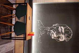 Foto 12 - Interior di Monster Cheese Pizza oleh yudistira ishak abrar