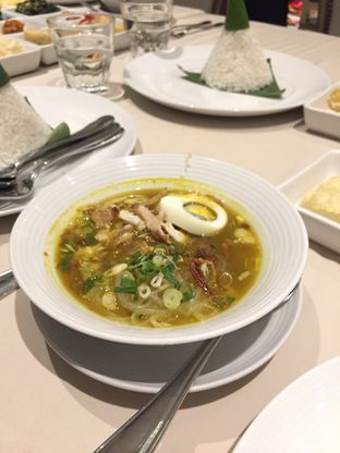 Foto 6 - Makanan(Soto Ayam) di Eastern Opulence oleh @Itsjusterr
