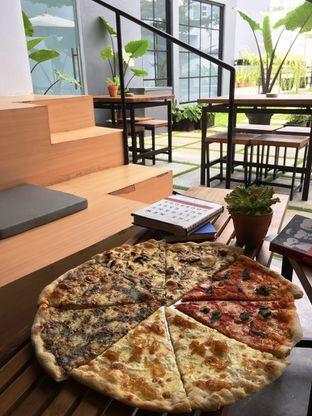 Foto 24 - Makanan di Sliced Pizzeria oleh Prido ZH