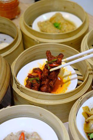 Foto 7 - Makanan(kaki ayam) di Yum Cha Hauz oleh IG : Heyyunita