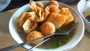 Foto 2 - Makanan(Bakso Malang (IDR 27k)) di Bakso Bakwan Malang Cak Su Kumis oleh Renodaneswara @caesarinodswr