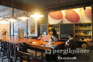 Foto 5 - Interior di Angel In Us Coffee oleh Eka M. Lestari