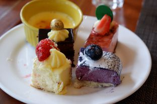 Foto 2 - Makanan di Sailendra - Hotel JW Marriott oleh Deasy Lim