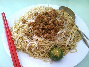Foto 23 - Makanan di Bakmi Lontar Bangka oleh Santoso Gunawan