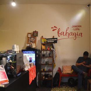 Foto 2 - Interior(Interior toko) di Bahagia Kopi oleh Desanggi  Ritzky Aditya
