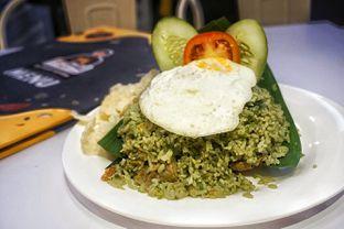 Foto 1 - Makanan(Nasi Goreng Bakar Kikil) di Chop Buntut Cak Yo oleh Fadhlur Rohman