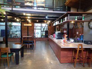 Foto 2 - Interior di Terroir Coffee & Eat oleh PemakanSegala