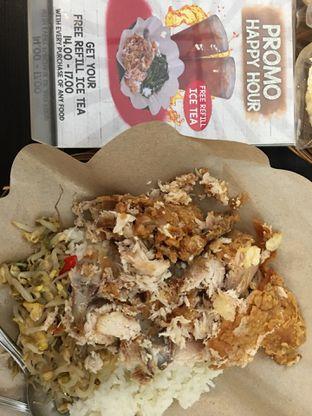 Foto 1 - Makanan di Ayam Geprek Jogja oleh Mariane  Felicia