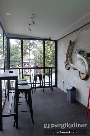 Foto 8 - Interior di Kona Koffie & Eatery oleh Shella Anastasia