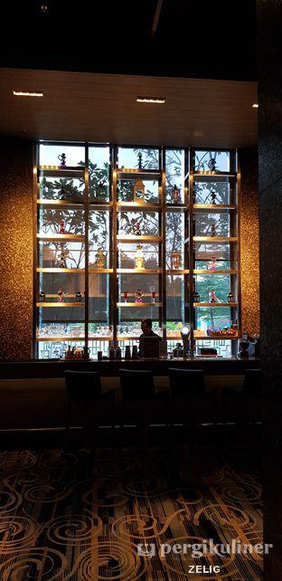 Foto 2 - Interior di Plumeria Lounge - Hotel Grand Mercure Kemayoran oleh @teddyzelig