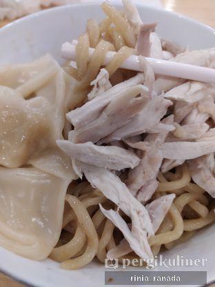 Foto 6 - Makanan di Bakmi Pangsit Palu oleh Rinia Ranada