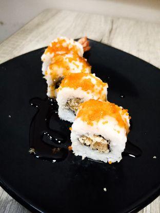 Foto 6 - Makanan di Sushi Joobu oleh dapurpempi