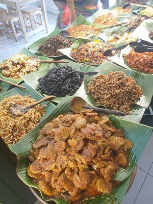 Foto 4 - Makanan di Nasi Pedas Bali Made oleh Duolaparr