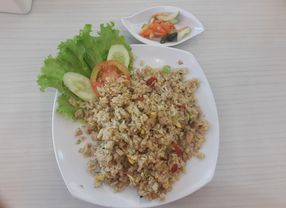 9 Tempat Makan Nasi Goreng di Jakarta Barat Paling Maknyus