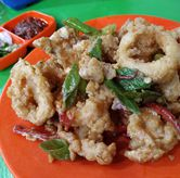 Foto Cumi Goreng Tepung Saos Telur Asin di Cak Ghofur Seafood