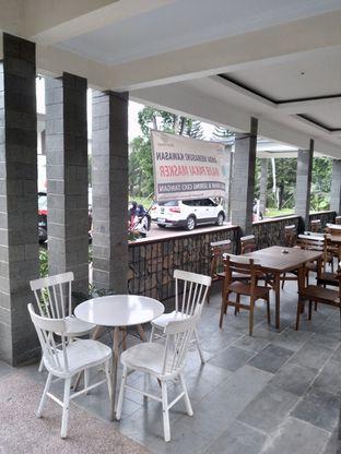 Foto 17 - Interior di Divani's Boulangerie & Cafe oleh Prido ZH