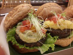 Foto 2 - Makanan di Burgreens Express oleh Stella Maris
