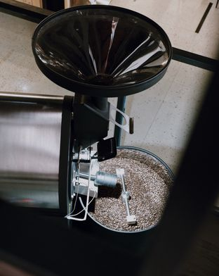 Foto review Klangen Coffee & Roastery oleh Della Ayu 4