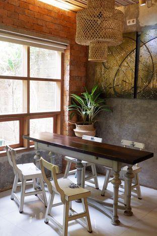 Foto 22 - Interior di Jiwan Coffee & Things oleh yudistira ishak abrar