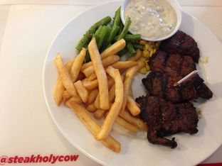 Foto 1 - Makanan di Steak Hotel by Holycow! oleh Review Dika & Opik (@go2dika)