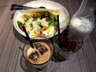 Foto 1 - Makanan(Hail Caesar) di Bakerzin oleh Didit