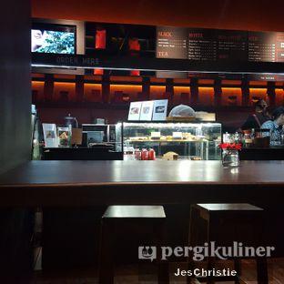 Foto 4 - Interior di Tanamera Coffee Roastery oleh JC Wen