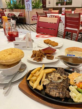 Foto - Makanan di Boncafe oleh Rizky Sugianto
