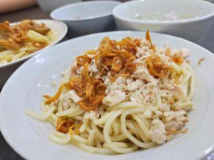 Foto 2 - Makanan(Bakmi yun sin) di Sahabat Yun Sin oleh Komentator Isenk