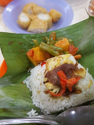 Foto review Cafetaria Mekar Jaya oleh Wiwis Rahardja 2