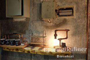 Foto 9 - Interior di Watt Coffee oleh Darsehsri Handayani