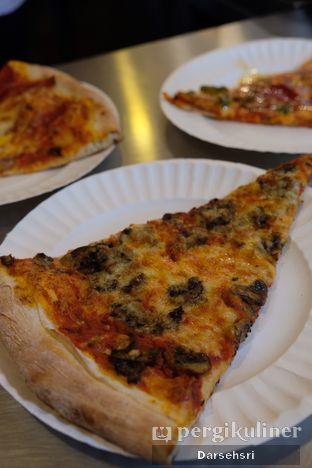 Foto 3 - Makanan di Pizza Place oleh Darsehsri Handayani