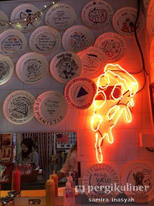 Foto 1 - Interior di Pizza Place oleh Samira Inasyah
