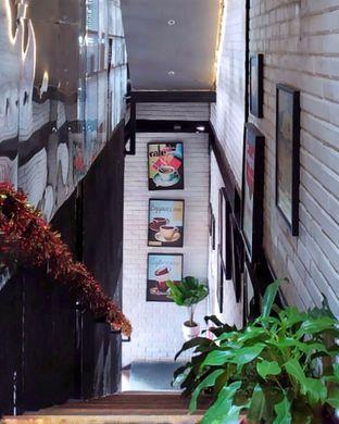 Foto 3 - Interior di KAJOEMANIS oleh Gembuli Tan