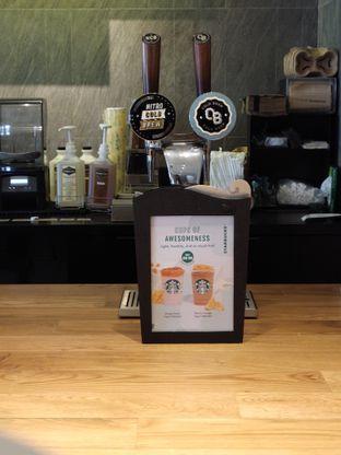 Foto 7 - Interior di Starbucks Reserve oleh n satrya