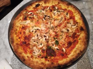 Foto review Pizzeria Cavalese oleh Lili Alexandra 9