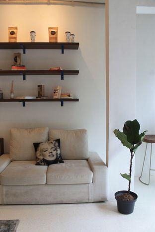 Foto review Living-Room Coffeehouse oleh Prido ZH 22