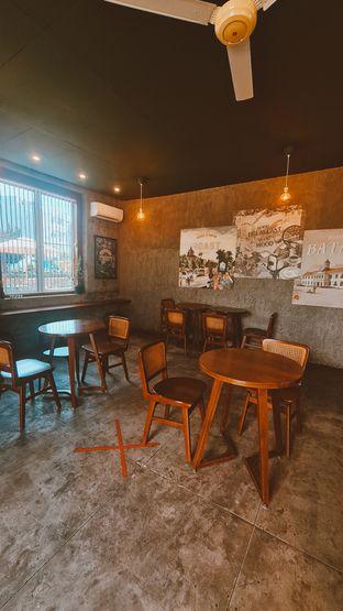 Foto 4 - Interior di Roast Coffee oleh Margaretha Helena #Marufnbstory