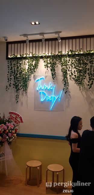 Foto review Dirty Milk oleh @teddyzelig  6
