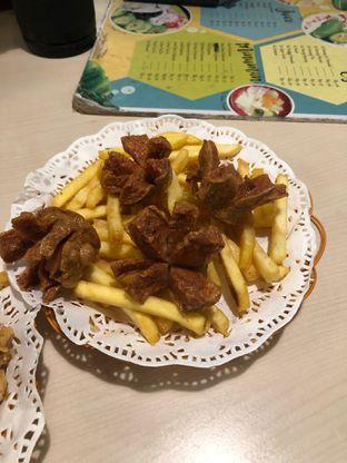 Foto 3 - Makanan di Kedai Es Pisang Ijo Pemuda oleh feedthecat