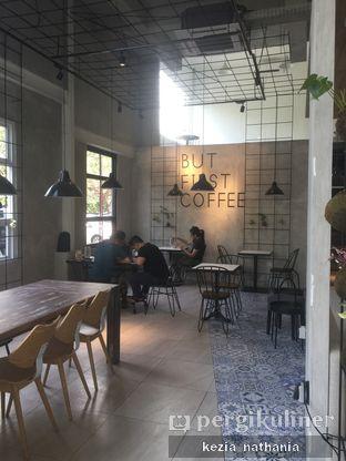 Foto 3 - Interior di JnF Coffee & Eatery oleh Kezia Nathania