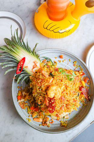 Foto 1 - Makanan di Santhai oleh thehandsofcuisine