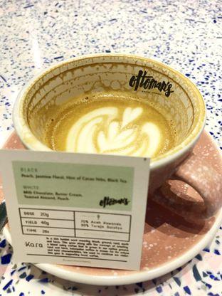 Foto 1 - Makanan(Flat White) di Ottoman's Coffee Brewers oleh @stelmaris